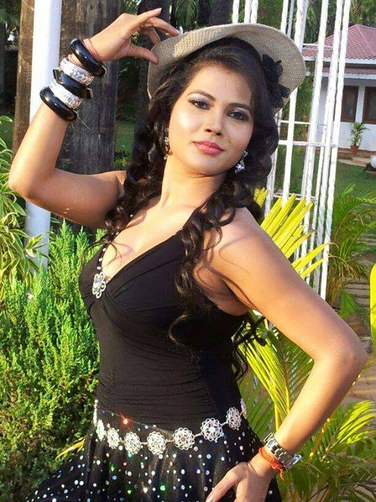 Seema singh beautiful pics