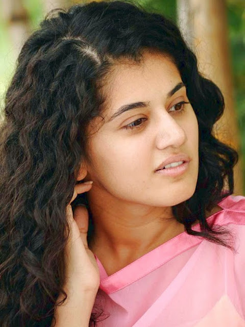 Taapsee Pannu in a 'Legal' situation