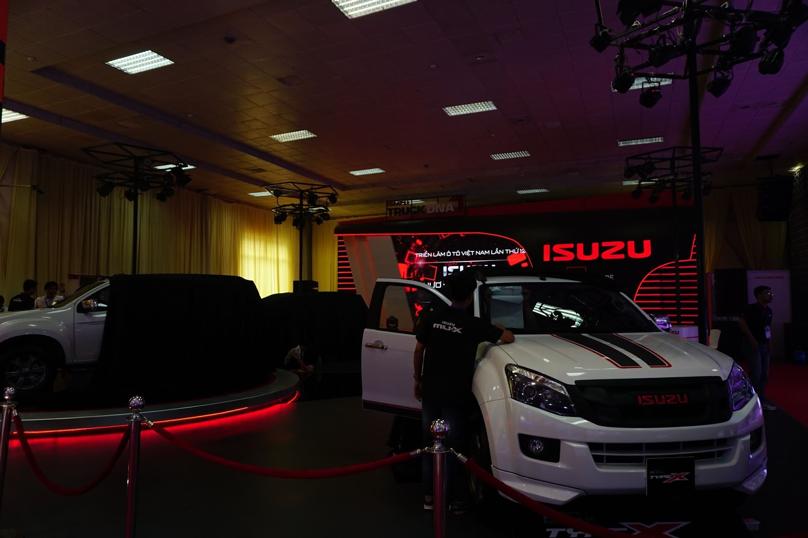 Gian hàng Isuzu sẽ giới thiệu MU-X đã ra mắt trước đó mấy tháng