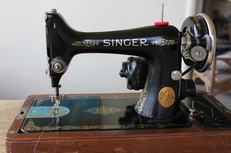 the vintage singer sewing machine blog reader questions rewiring a 99. Black Bedroom Furniture Sets. Home Design Ideas