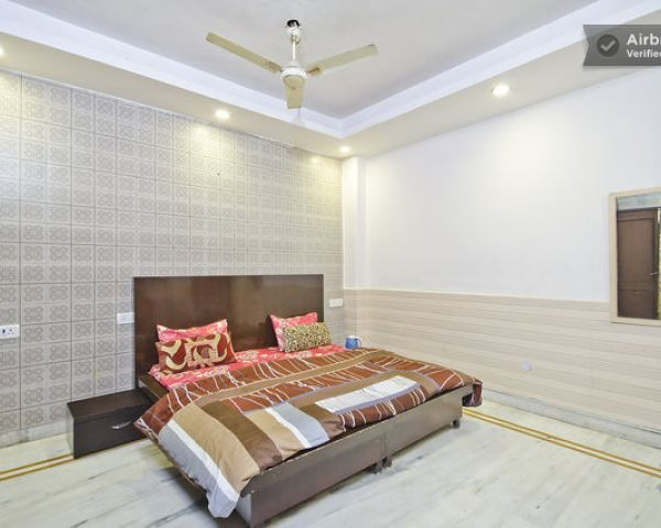 Furnished Flat For Rent In New Delhi