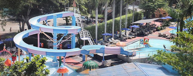 foto aqua splash kids fun jogja