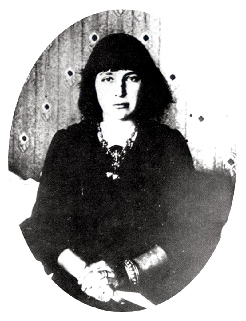 Marina Tsvetaeva, Halloween poem, Vampire poetry, Vampire poems, Dark Poems, Dark Poetry, Gothic poetry, Goth poetry, Horror poetry, Horror poems