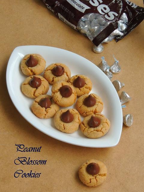 Peanut blossom cookies, Peanut butter cookies