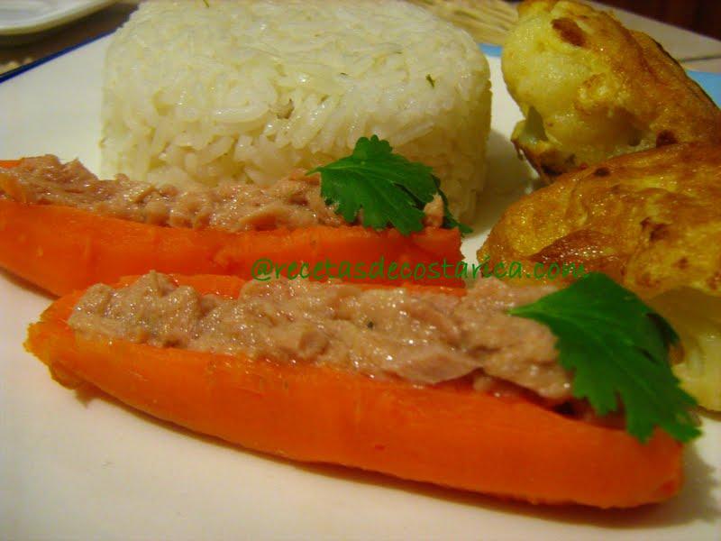 Cocina Costarricense Zanahorias Rellenas Frias Pechugas de pollo rellenas con batatas y zanahorias asadas. cocina costarricense zanahorias
