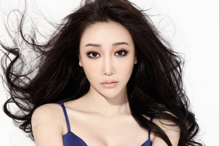 Chinese-Girls-Escort-In-Dubai