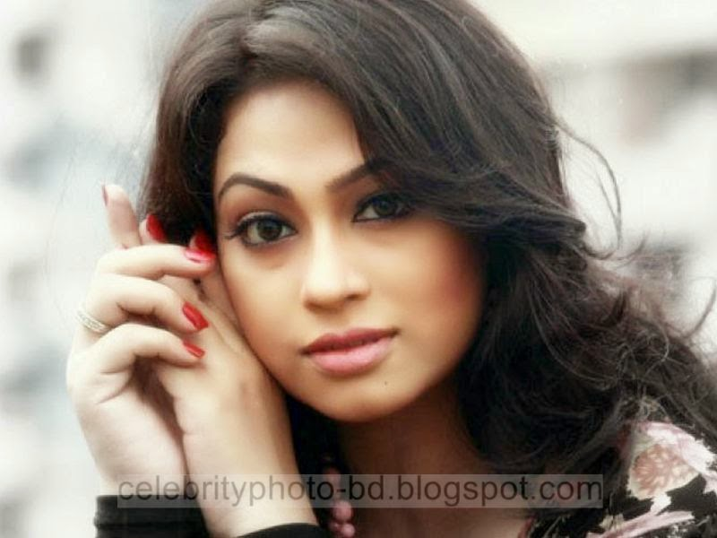 Bangladeshi Hot Model Popy's Exclusive Latest Unseen Photos Gallery 2014-2015