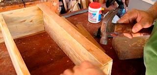 Ply-wood enfrente y abajo