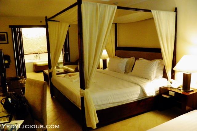 Grand Deluxe Poolside Room at Boracay Mandarin Island Hotel