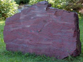 Roca de Hierro (Formacion bandeada de Hierro)
