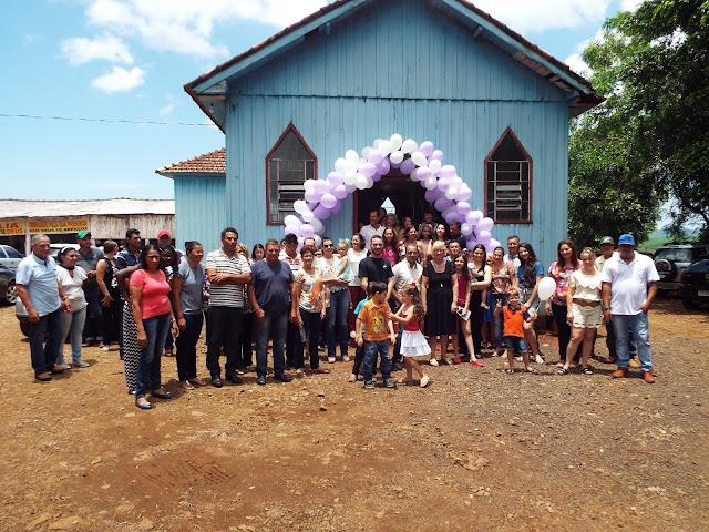 Ex-moradora de Borrazópolis faz confraternização com familiares e amigos