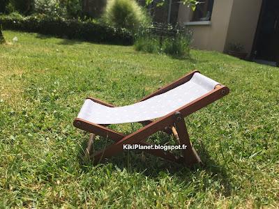 chaise-longue en bois réalisée main pour Kiki ou Monchhichi - meuble - miniature - transat - handmade - jardin