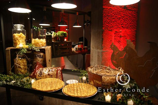 Buffet de tortillas para una boda tipo coctel - Foto: Esther Conde