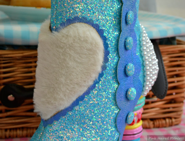 furry heart applique on centre front of boot