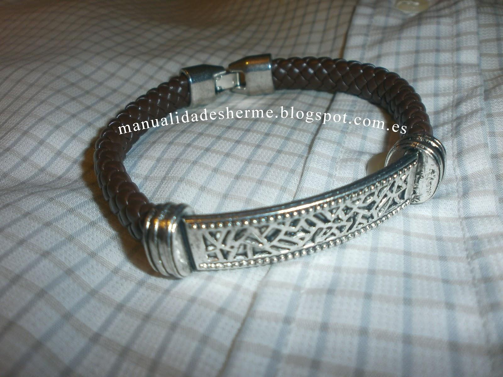 babe707c7506 best como hacer pulseras de cuero para hombre with como hacer un expositor  de pulseras.