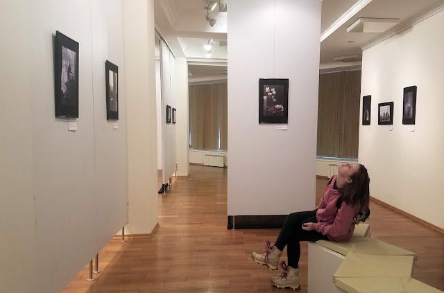 """межрегиональная выставка фотонатюрморта """"Весь мир - театр. Внимание на экспериментальную сцену!"""": необычная выставка в галерее """"Новое пространство"""""""