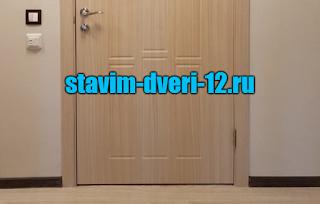 Плинтусы или двери сперва