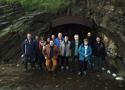 Foto de grupo en la salida al embarcadero al nivel del mar