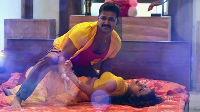 Bhojpuri heroine Mani Bhattacharya Sexy photos pawan singh