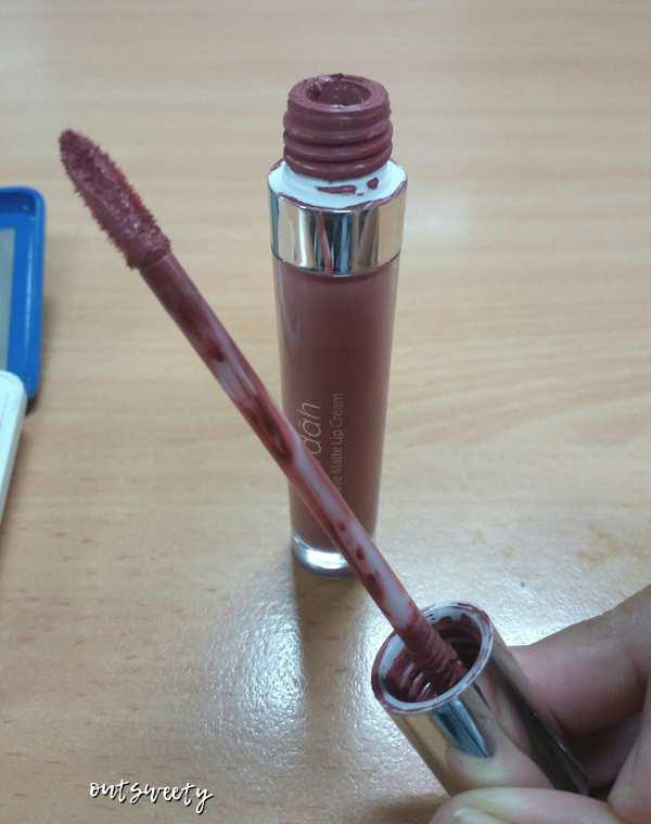 Review: Wardah Exclusive Matte Lip Cream Shade No. 13 dan No. 15