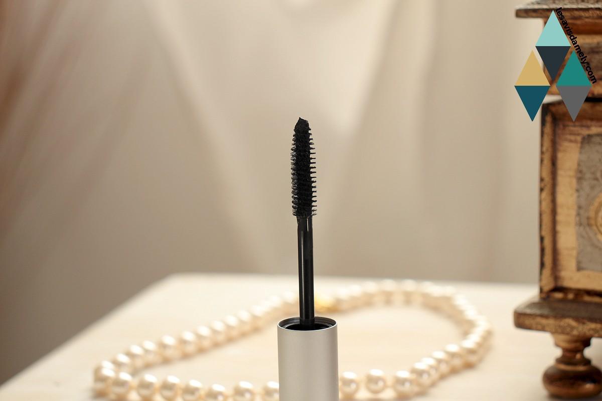 revue beauté mascara noir intense longue tenue bobbi brown