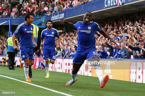 Zouma sẽ cùng CLB Chelsea vô địch trong giải Ngoại hạng anh mùa này
