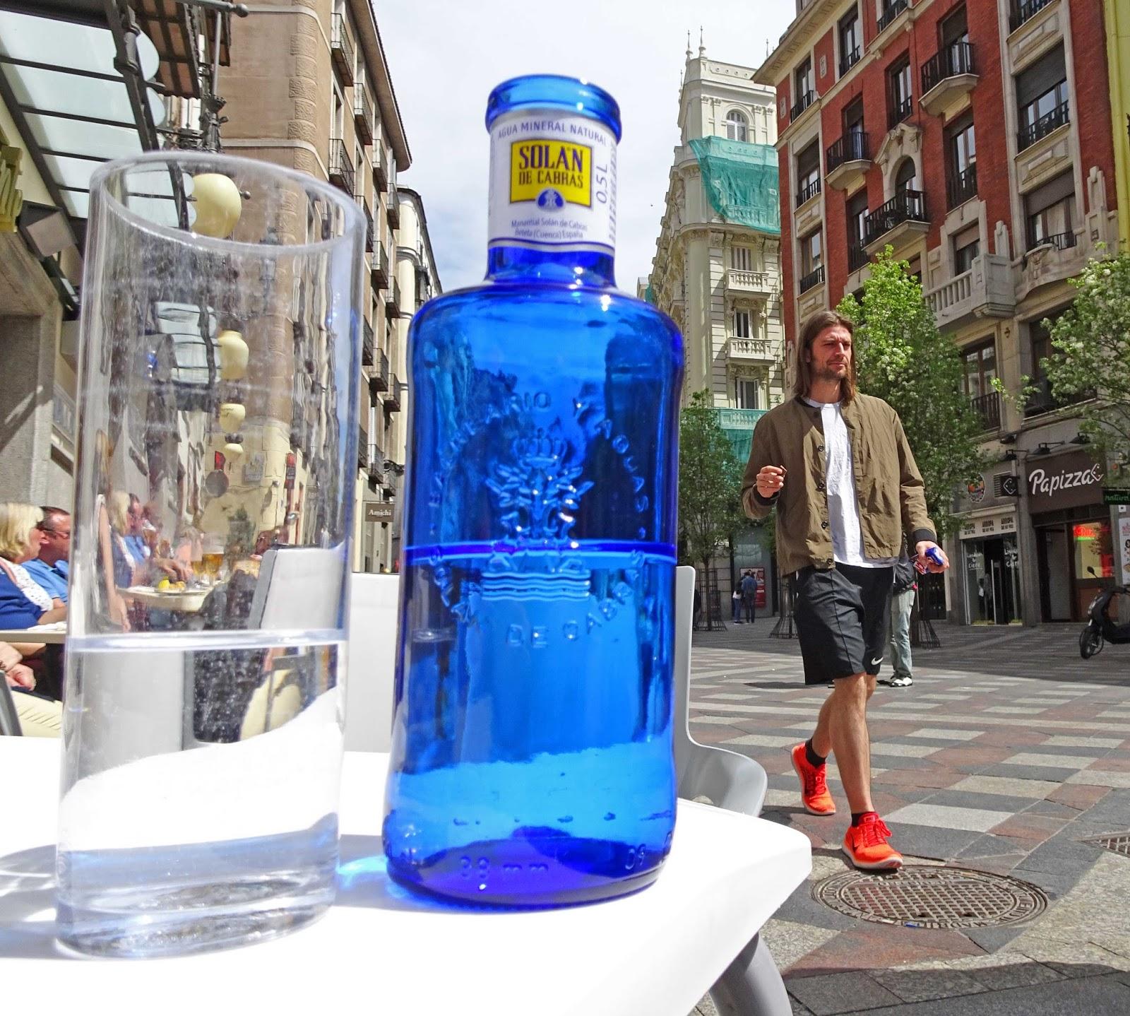 Water Bottle In Spanish: Joe's Retirement Blog: Shades Of Blue, Centro, Madrid, Spain