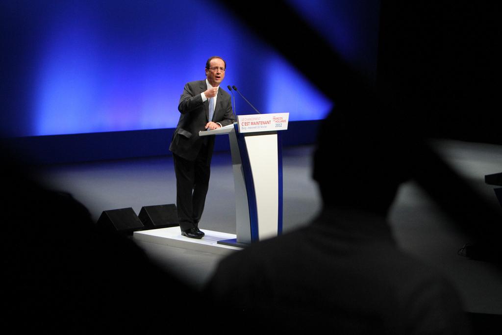 France : Macron et Le Pen (23%) devant Fillon (19%), Mélenchon (17%) (Elabe)