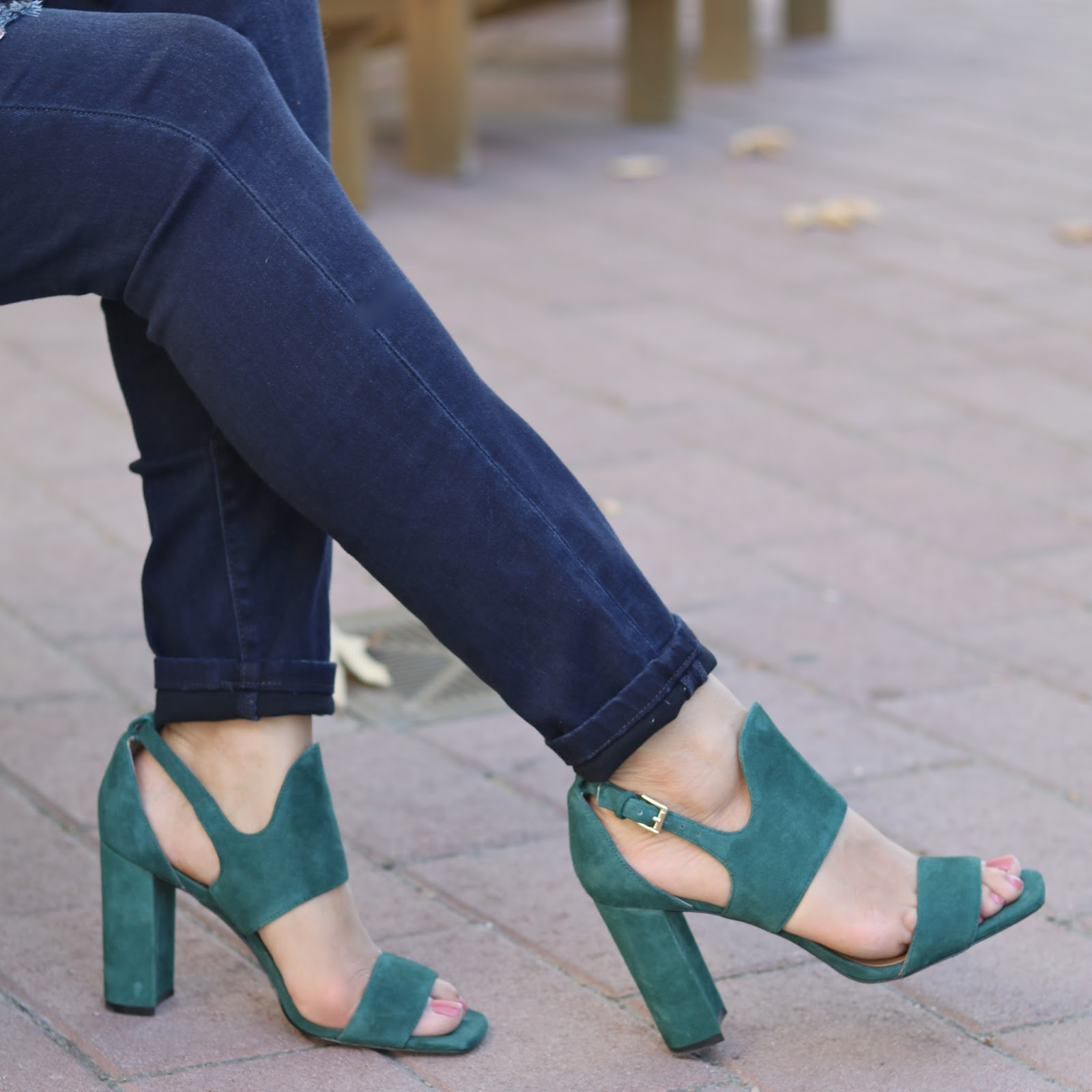 Banana Republic sandal heels, green shoes, banana republic heels, block heeled sandal, tuesday shoesday, shoe inspo