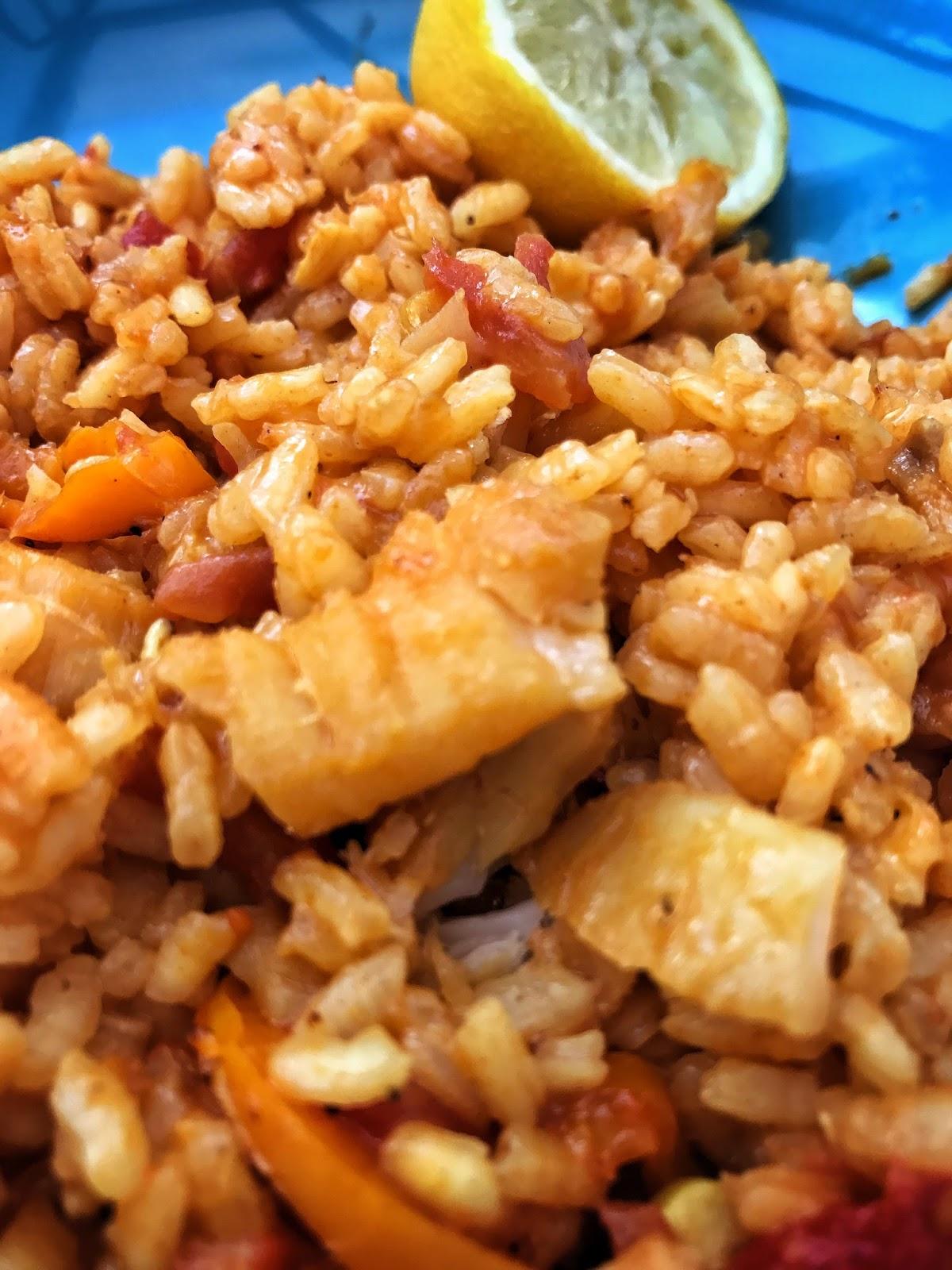 Arroz con bacalao recetas de cocina - Arroz con bacalao desmigado ...