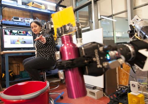 Tinuku MIT researchers teach a robot to teach other robots