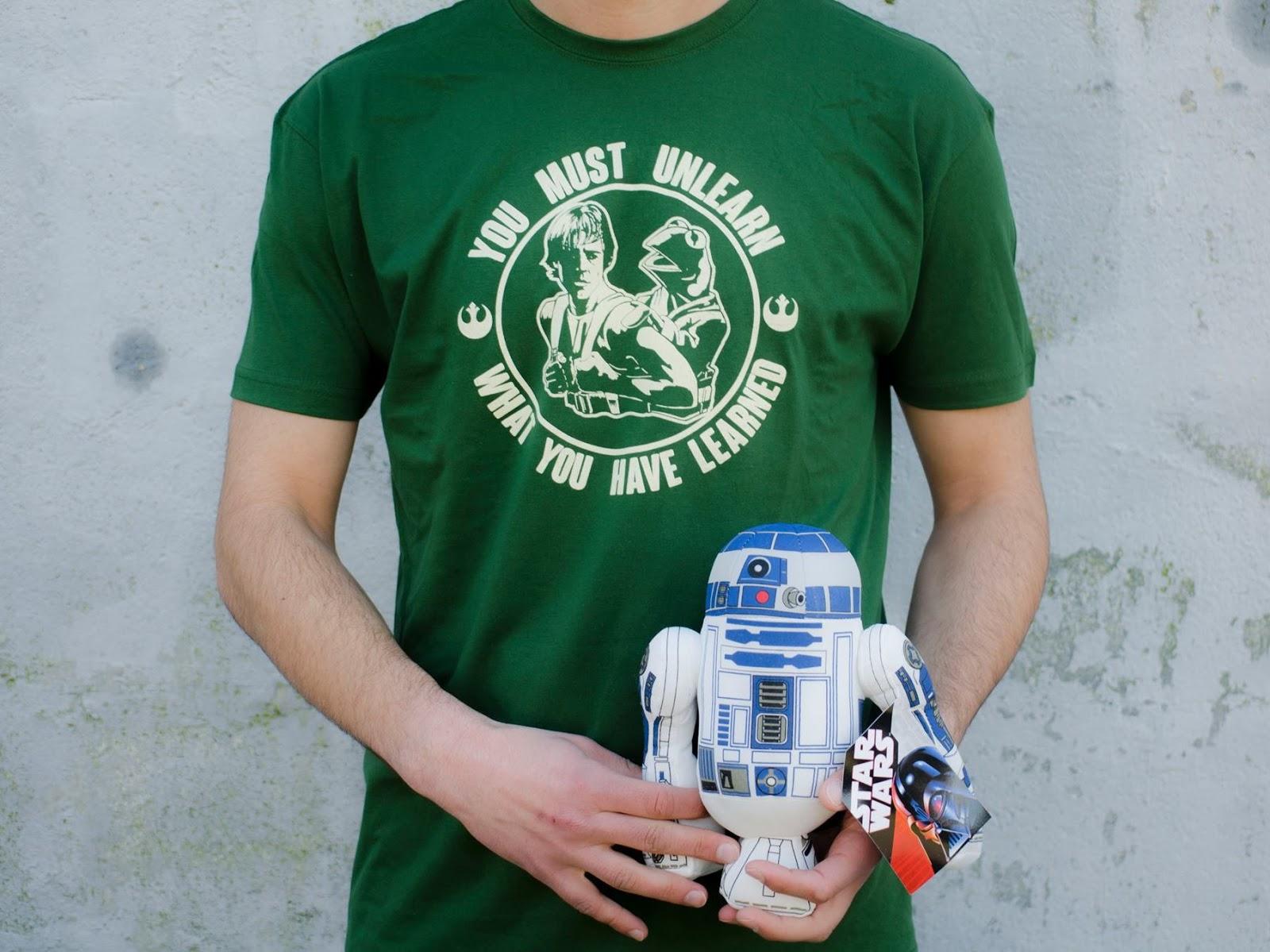 http://svoriginal.com/camisetas/1150-camiseta-maestro-gustavo.html