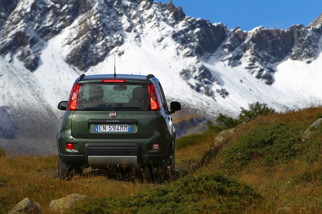 Fiat Panda 4x4 - SUV of the Year 2012