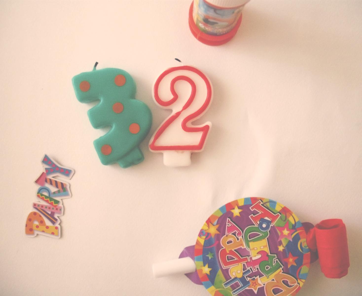 32 years birthday cake candles