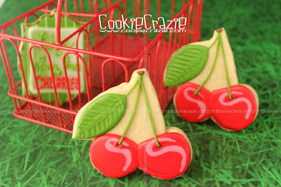 http://www.cookiecrazie.com/2016/07/cherries-decorated-cookie-tutorial.html