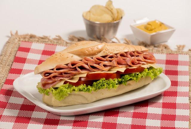 Bruschettas, cachitos, sándwiches, arepas y pizzas tienen un nuevo acompañante.