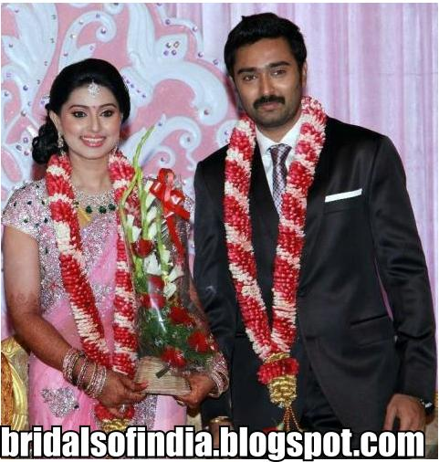 Sneha Wedding Hairstyle: Fashion World: Sneha Wedding Pictures