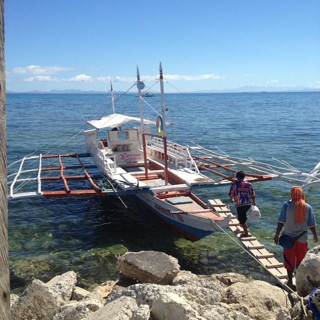Pump boat from Maya Wharf to Logon Beach