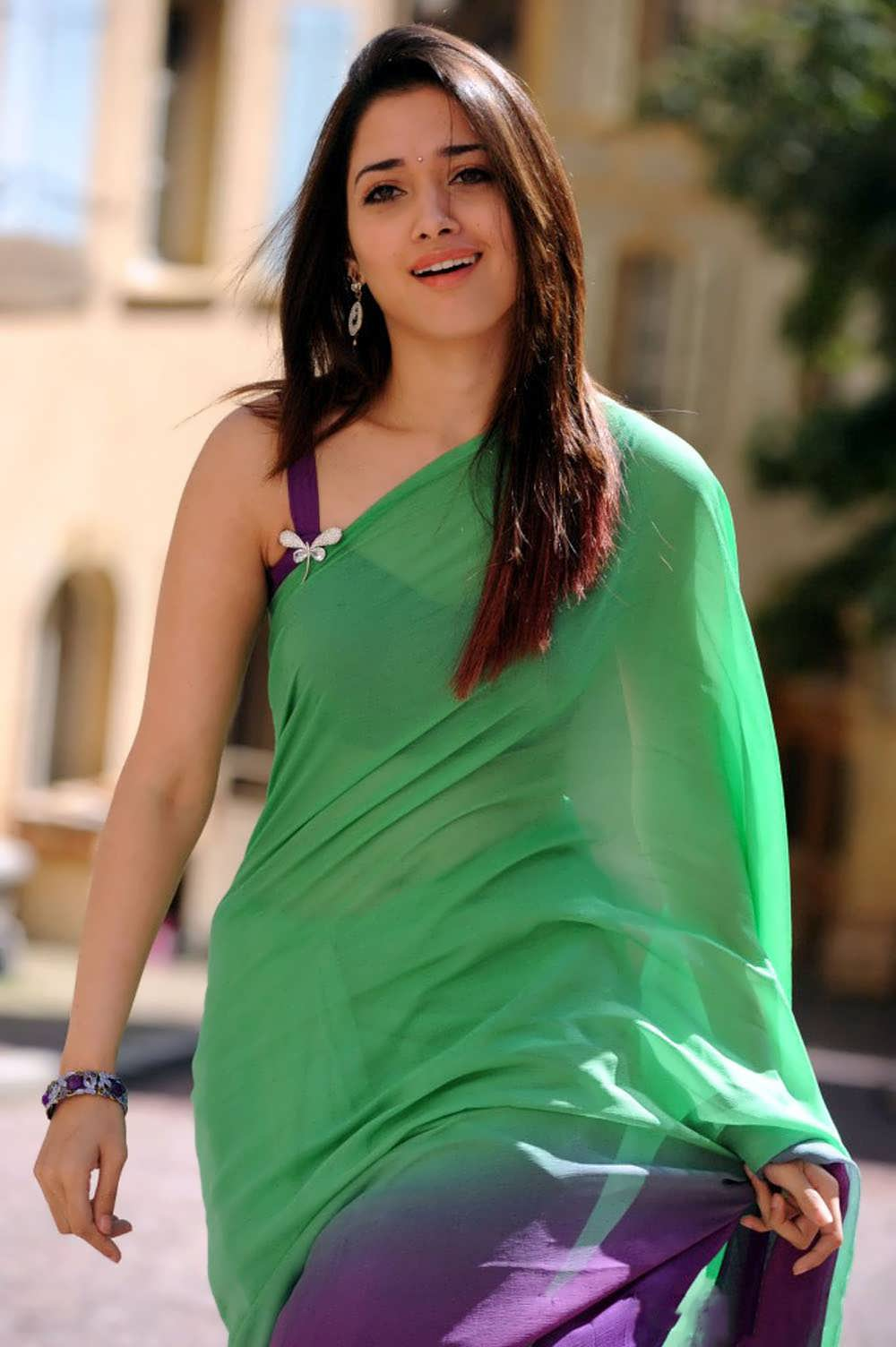Latest Tamanna In Saree: Super About Bollywood: Tamanna Latest Hot Spicy Stills