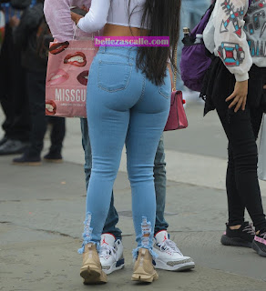 mujeres traseros grandes jeans