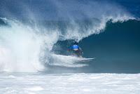 53 Italo Ferreira Billabong Pipe Masters foto WSL Damien Poullenot