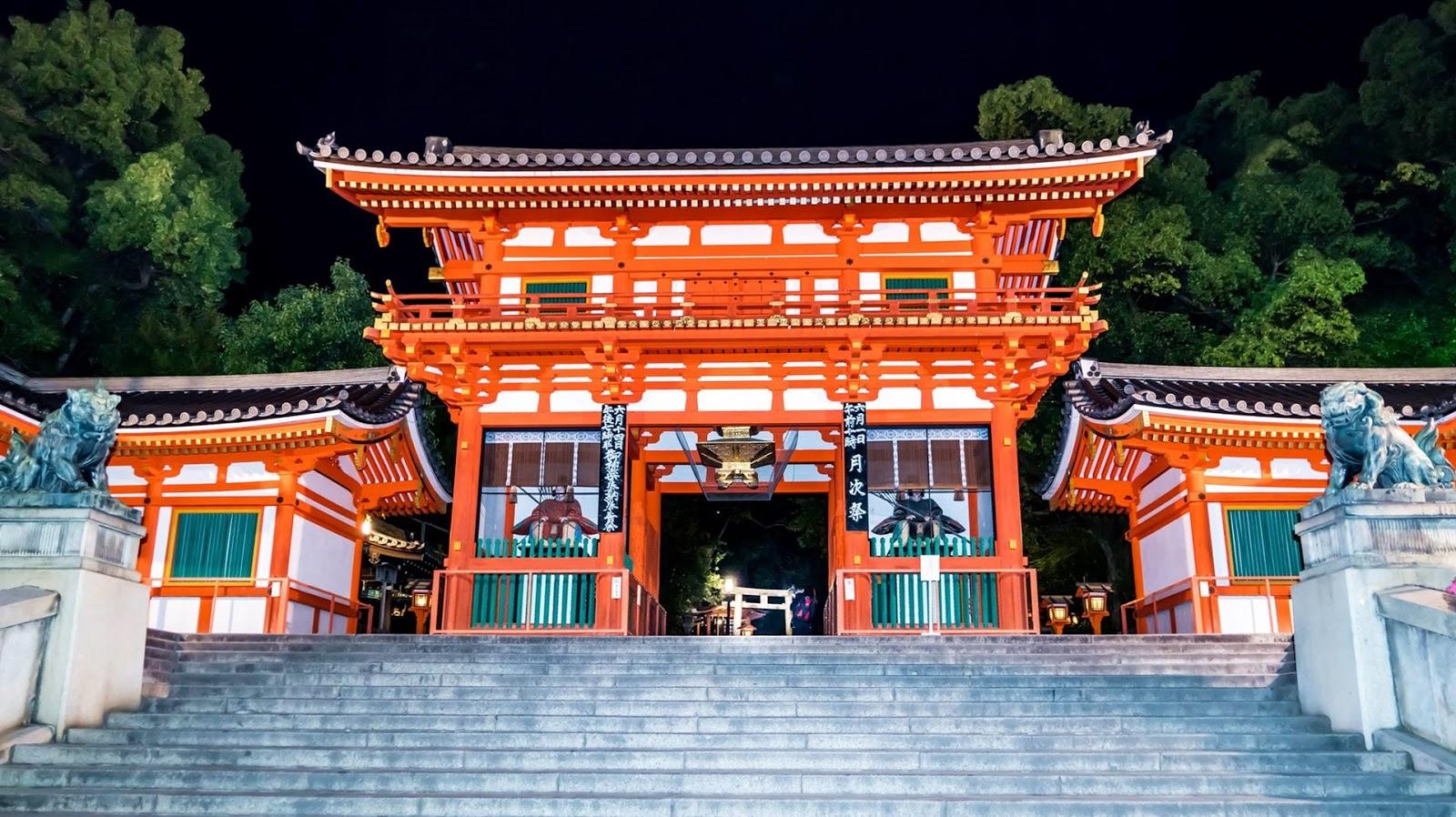 京都-京都景點-推薦-八坂神社-Yasaka Shrine-自由行-旅遊-市區-京都必去景點-京都好玩景點-行程-京都必遊景點-日本-Kyoto-Tourist-Attraction