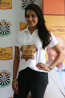 Actress Priya Anand in T Shirt with Students of Shiksha Movement Events 18.jpg