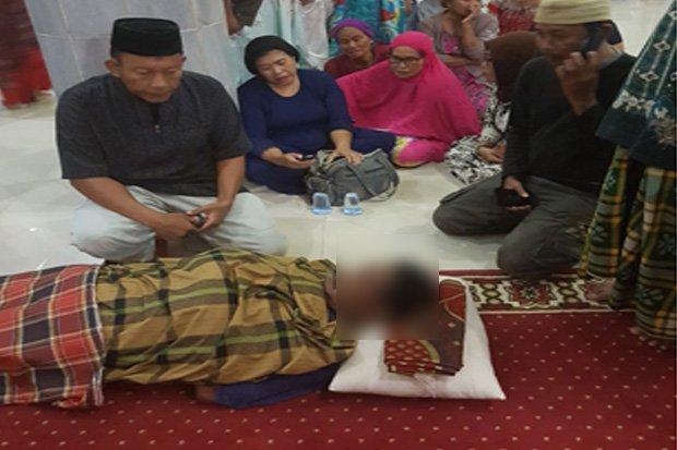 Pria Ini Hembuskan Nafas Terakhirnya saat Masukan Infak dalam Masjid usai Salat Maghrib