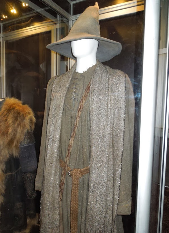 Hobbit 2 Gandalf the Grey movie costume