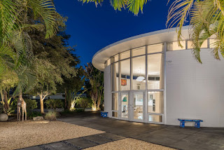 Brokering, preserving and promoting modern architecture and homes in Florida