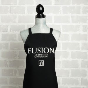 Fusion Mineral Paint Apron Bliss Ranch
