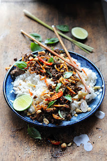 https://doriannn.blogspot.fr/2015/06/semaine-thai-thai-dans-ma-cuisine-buf.html