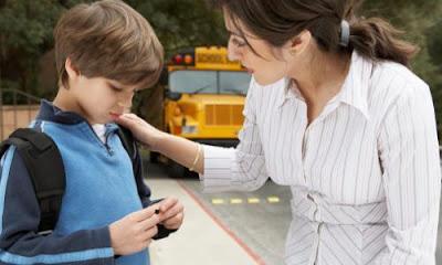 katakan pada orang tua tentang bullying [esai edukasi]