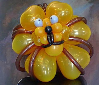 Balloon art by Sue Bowler CBA